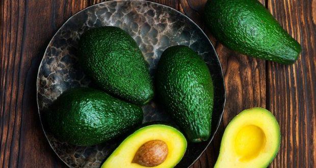 Молекула жира, уникальная для авокадо, может помочь снизить риск диабета за счет борьбы с инсулинорезистентностью