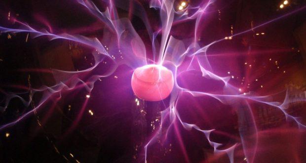 Сверхбыстрое рентгеновское излучение позволяет по-новому взглянуть на пробой плазменного разряда в воде