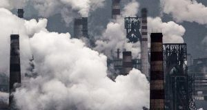 Загрязнение воздуха мелкими частицами повышает риск возникновения деменции