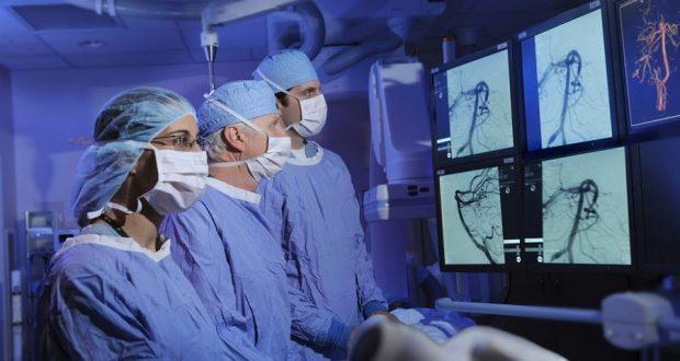 Исследователи разработали управляемый катетер для операций на головном мозге